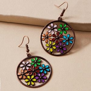 Gorgeous Retro Rainbow Daisy Flower Hoop Earrings